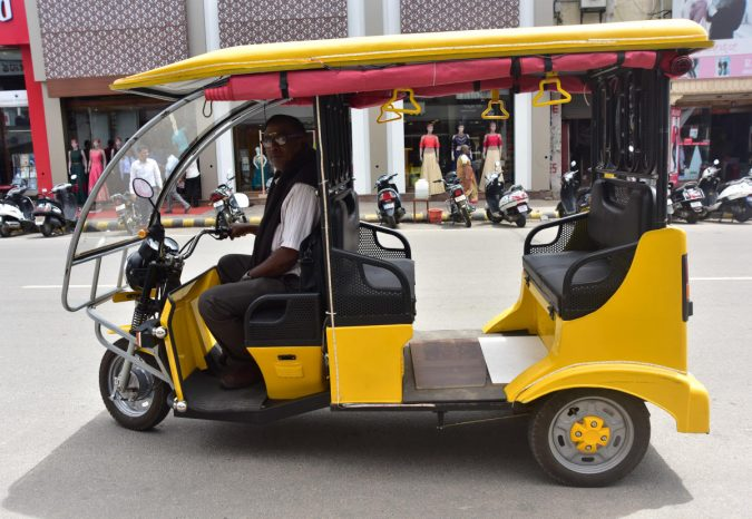 E-rickshaws-2-675x466 Saving Nature: Best 10 Eco-Friendly Transport Types