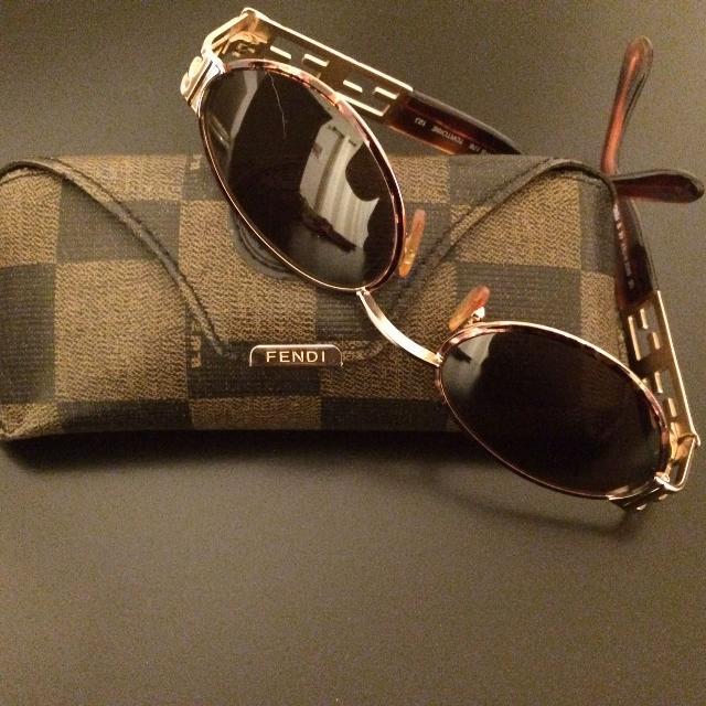 Fendi-sunglasses-2 Top 10 Most Luxurious Sunglasses Brands