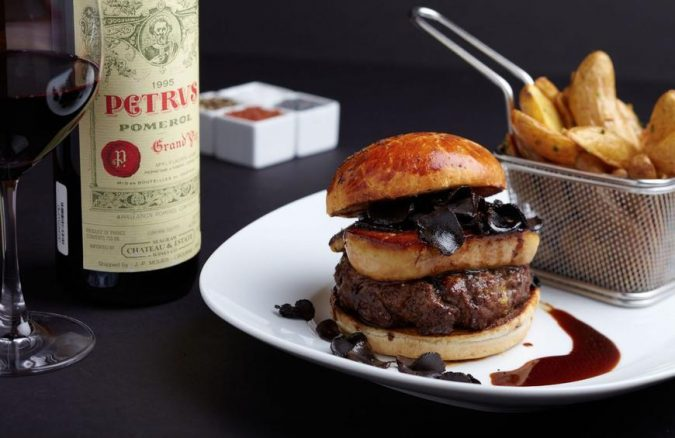 Fleur-Burger-expensive-dishes-675x438 10 Most Luxury Dishes Only for Billionaires