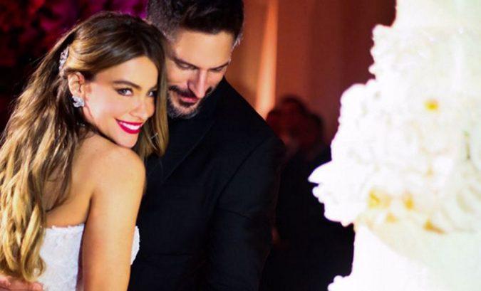 Joe-Manganiello-and-Sofia-Vergara-Wedding-Cake-1-675x409 Top 10 Most Expensive Wedding Cakes Ever Made