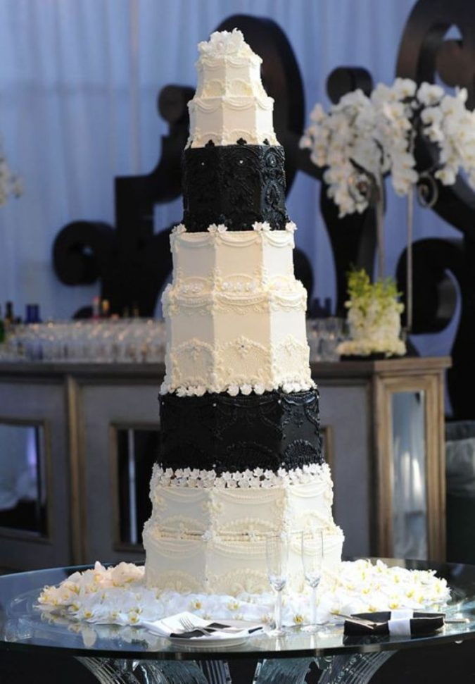 Kris-Humphries-and-Kim-Kardashian-Wedding-Cake-1-675x971 Top 10 Most Expensive Wedding Cakes Ever Made