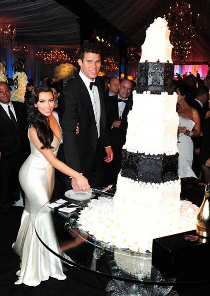 Kris-Humphries-and-Kim-Kardashian-Wedding-Cake-675x951 Top 10 Most Expensive Wedding Cakes Ever Made