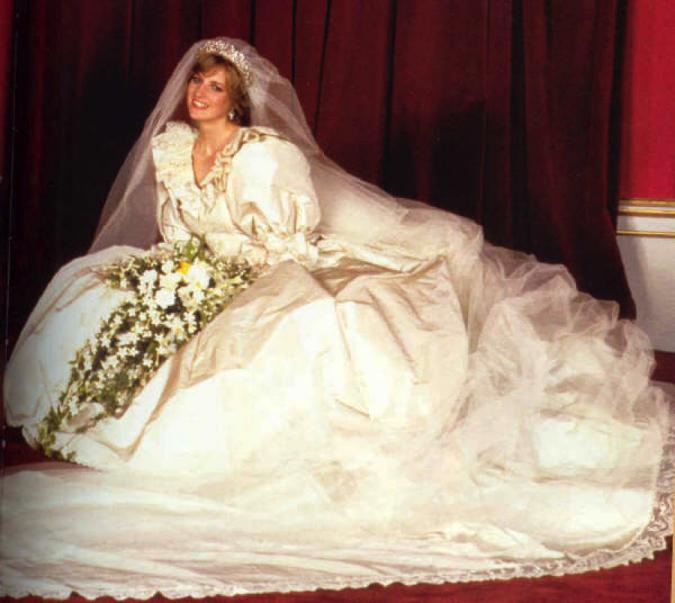 Princess-Diana-wedding-675x603 Top 10 Most Expensive Wedding Cakes Ever Made