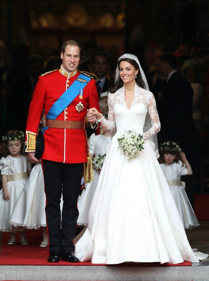 Princess-Kate-wedding-675x908 Top 10 Most Expensive Wedding Cakes Ever Made
