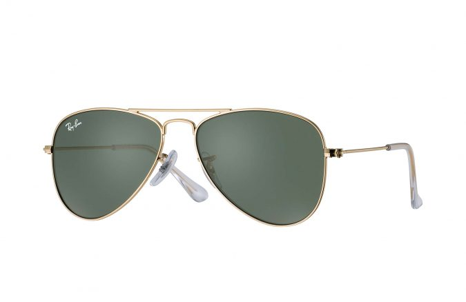 Ray-Ban-aviator-sunglasses-675x438 Top 10 Most Luxurious Sunglasses Brands