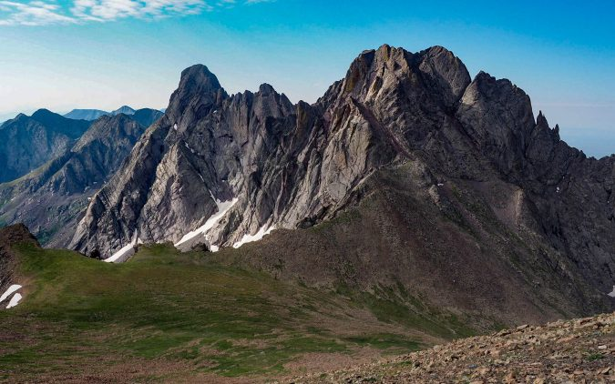 Sangre-de-Cristo-Mountains-675x422 8 Best Travel Destinations in June