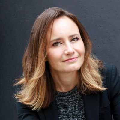 Sara-Douglas-journalist Top 10 Best Arts and Culture Journalists in the World