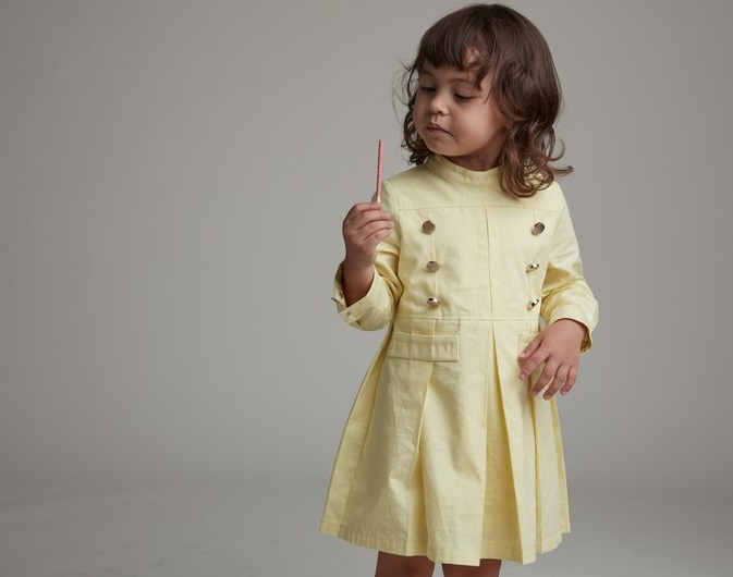 children-fashion-yellow-military-style-dress Children's Fashion: Trends for Girls and Boys