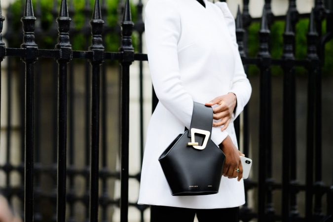 chrissy-rutherford-bag-675x450 Top 10 Best Fashion Handbag Design Software