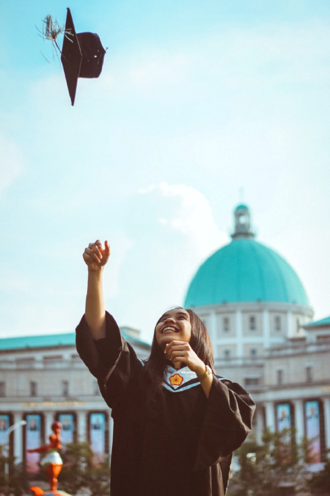 graduate-675x1014 8 Gift Ideas for The Grad in Your Life