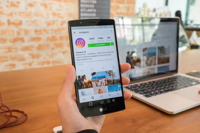 instagram-ads-675x450 How to Become a Travel Blogger? 10 Must Steps to Follow