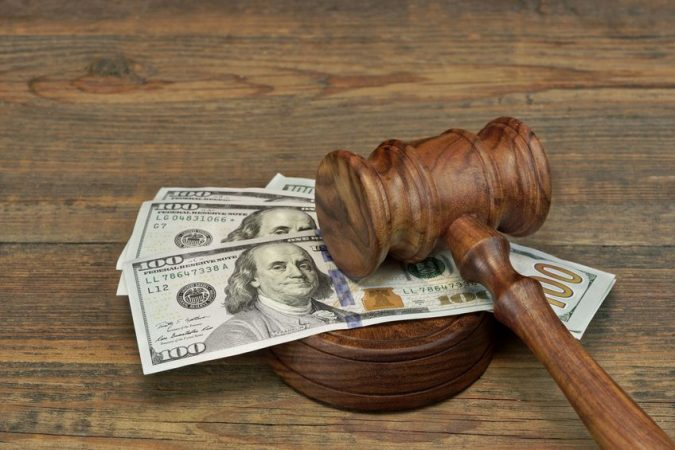 lawyer-fees-675x450 The Main Considerations When Choosing a Suitable Lawyer