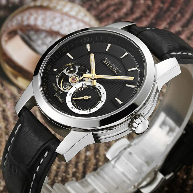 men-accessories-Statement-Watch-675x675 10 Accessories Every Man Should Own