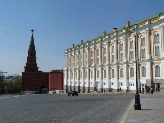 the-Armoury-in-Moscow-Russia-675x507 8 Best Travel Destinations in June
