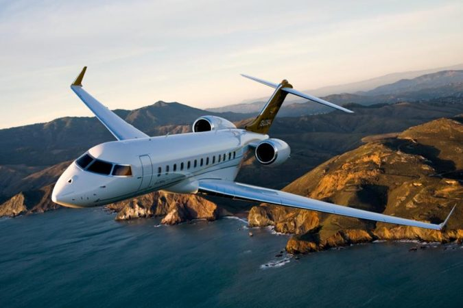 Bombardier-Global-6000-PrivateFly-675x450 15 Most Luxurious Helicopters and Private Jets Owned by Celebrities!