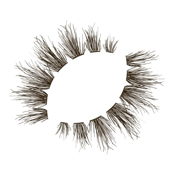 Brunette-eyelash-extensions-675x675 Top 20 Newest Eyelashes Beauty Trends in 2020