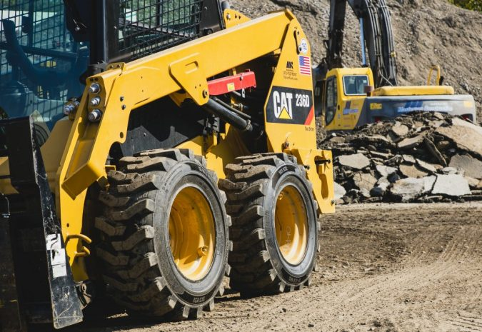 Construction-Equipment.-675x465 Planning to Buy Construction Equipment? 6 Important Factors You Should Not Forget