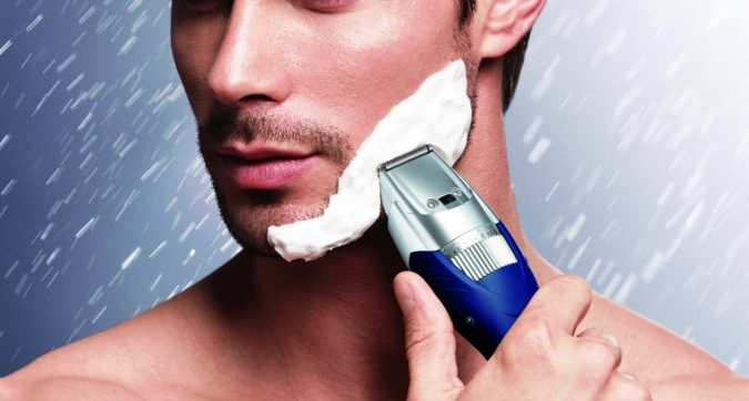 ER-GB40-S-675x362 Best 10 Professional Beard Trimmers in 2020