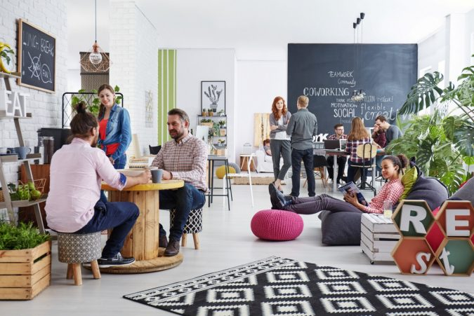 Flexible-workspace-675x451 Top 5 Ways to Design a Flexible Office
