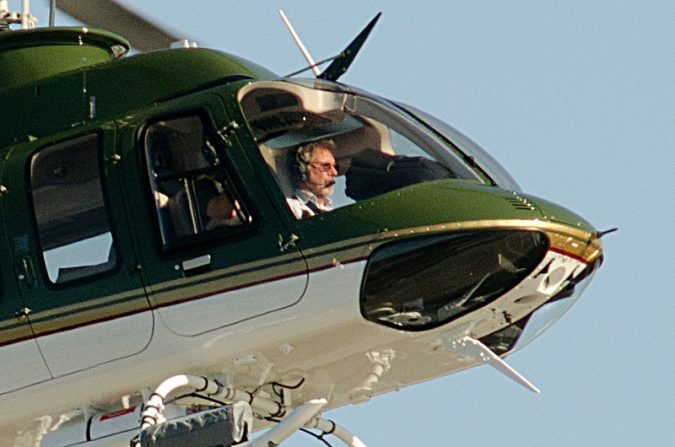 Harrison-Ford_Helicopter-e1560353508852-675x447 15 Most Luxurious Helicopters and Private Jets Owned by Celebrities!