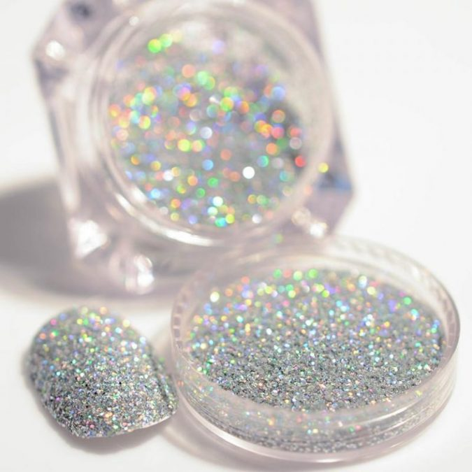 Holographic-Nail-Art-Glitter-675x675 +60 Hottest Nail Design Ideas for Your Graduation