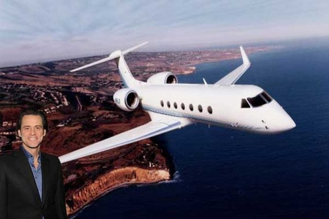 Jim-Carrey-private-jet-675x450 15 Most Luxurious Helicopters and Private Jets Owned by Celebrities!