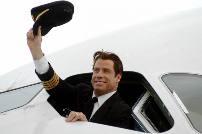 John-Travolta-plane.-675x447 15 Most Luxurious Helicopters and Private Jets Owned by Celebrities!