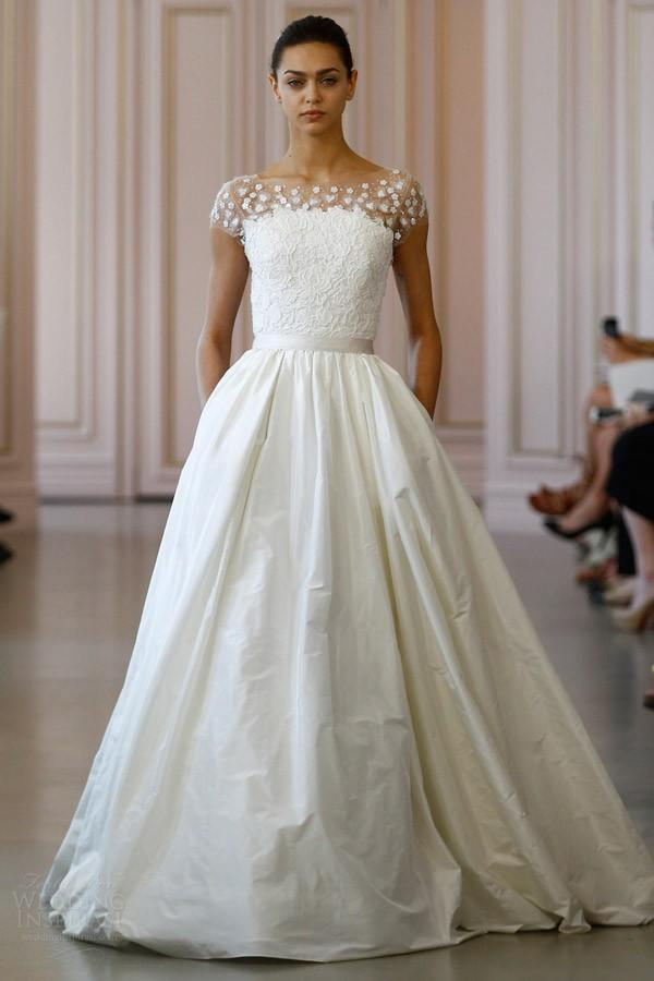 Oscar-De-La-Renta-Wedding-Dress Top 10 Most Expensive Wedding Dress Designers in 2020