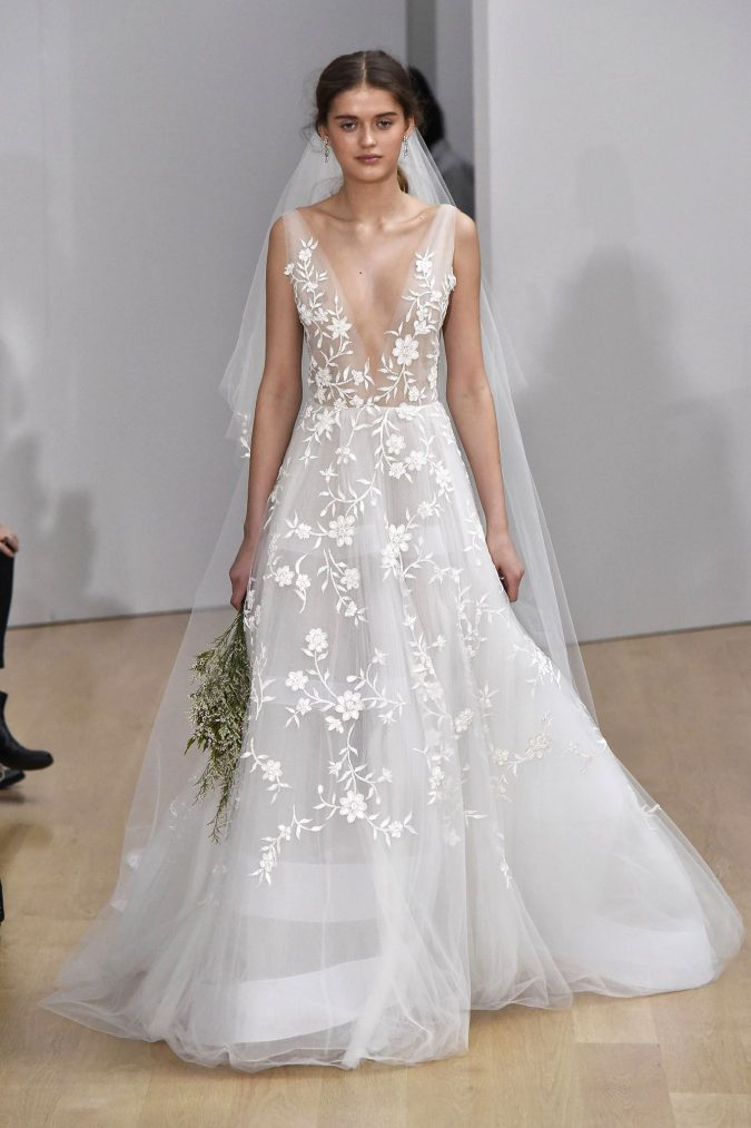 Oscar-De-La-Renta-design-675x1013 Top 10 Most Expensive Wedding Dress Designers in 2020