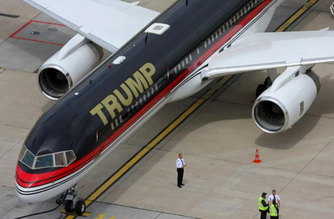 Trump-helicopter-675x442 15 Most Luxurious Helicopters and Private Jets Owned by Celebrities!