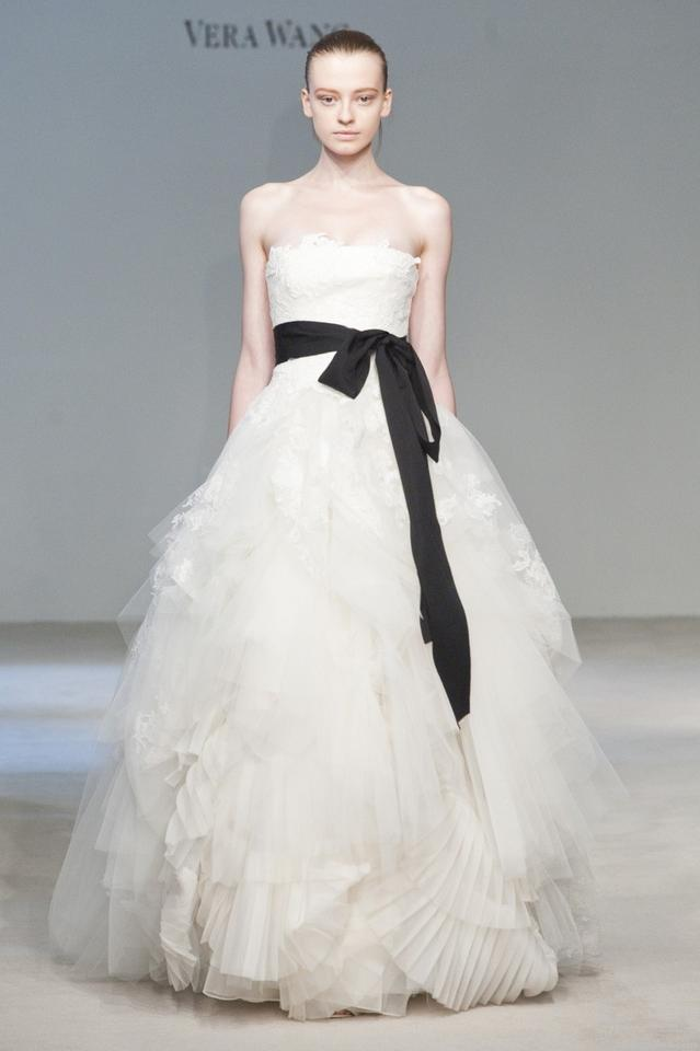 VERA_WANG-dress-1 Top 10 Most Expensive Wedding Dress Designers in 2020