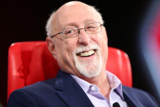 Walt-Mossberg..-675x450 Top 10 Best Technology Journalists in the World