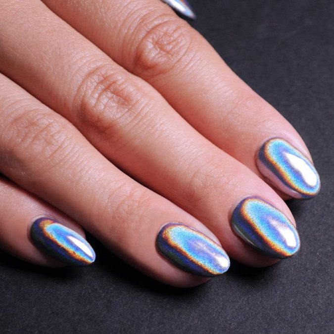 holographic-nails-675x675 +60 Hottest Nail Design Ideas for Your 2019 Graduation