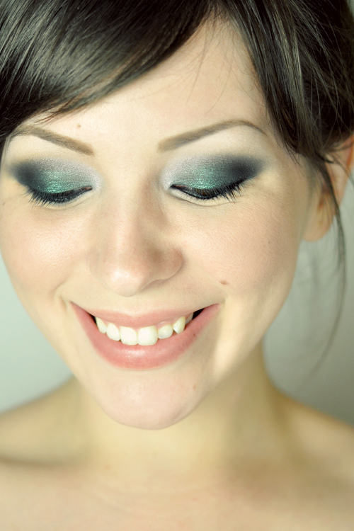 makeup-1 20 Best Graduation Makeup Ideas and Tutorials in 2020