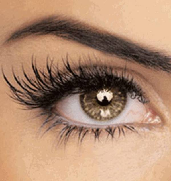 makeup-half-lashes Top 20 Newest Eyelashes Beauty Trends in 2020