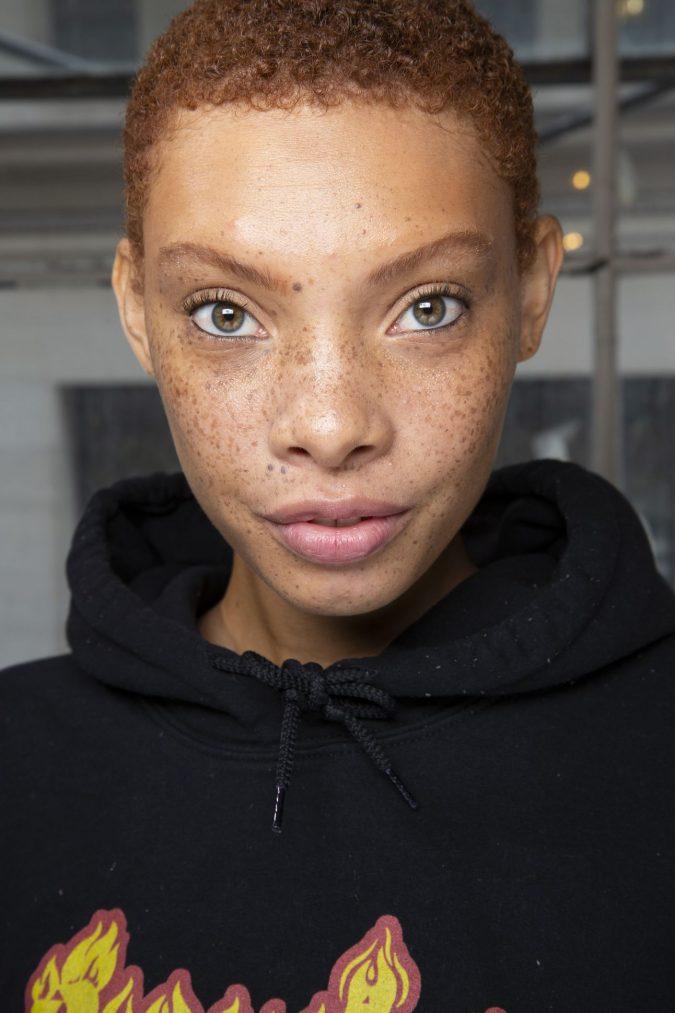 makeup-waterline-675x1013 20 Best Graduation Makeup Ideas and Tutorials in 2020