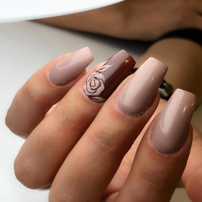 nude-nail-design-675x675 +60 Hottest Nail Design Ideas for Your Graduation