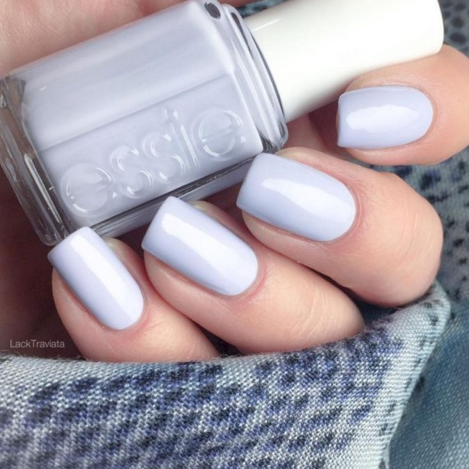 pastel-grey-nails-3-675x675 +60 Hottest Nail Design Ideas for Your Graduation