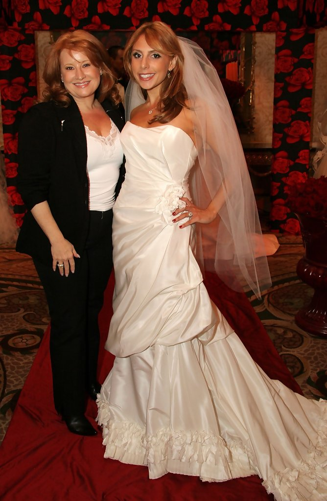 renee-strauss-design Top 10 Most Expensive Wedding Dress Designers in 2020
