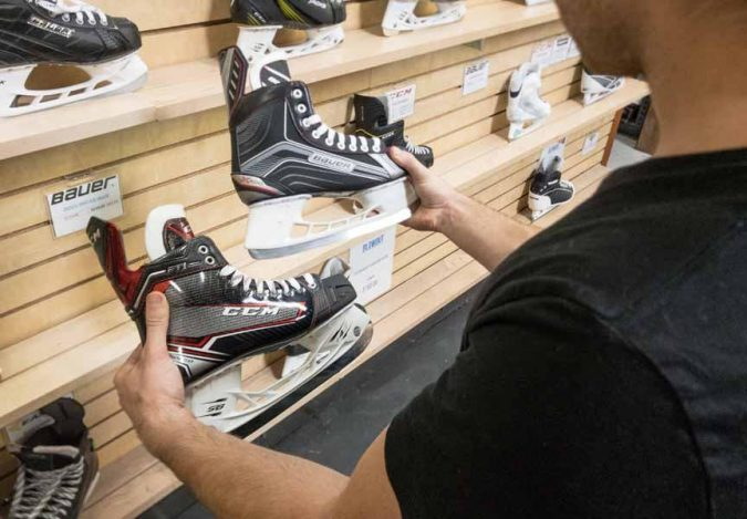 skates-buying-675x469 How to Find the Perfect Pair of Figure Skates for You