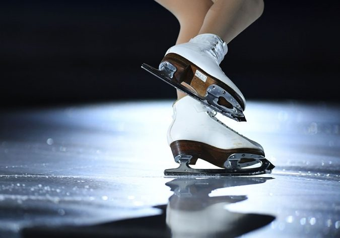 skating-books-lifestyle-scoail-675x473 How to Find the Perfect Pair of Figure Skates for You