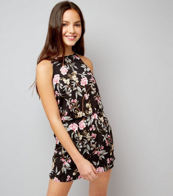 women-outfit-floral-playsuit-675x766 Best 20 Balenciaga Shoes Outfit Ideas for Women in 2021