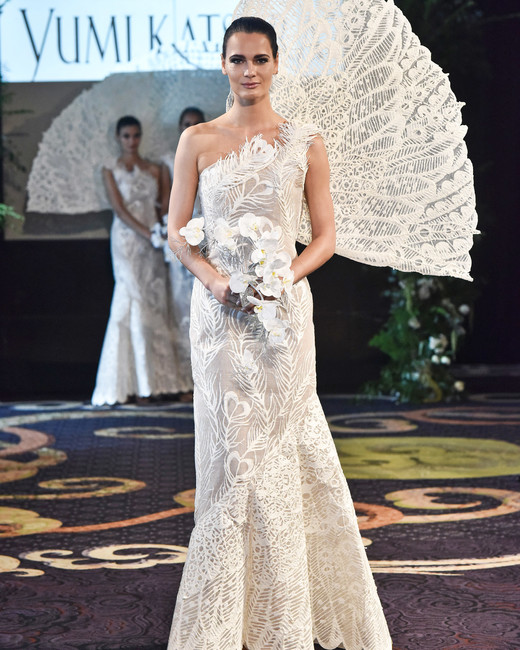 yumi-katsura-wedding-dress Top 10 Most Expensive Wedding Dress Designers in 2020