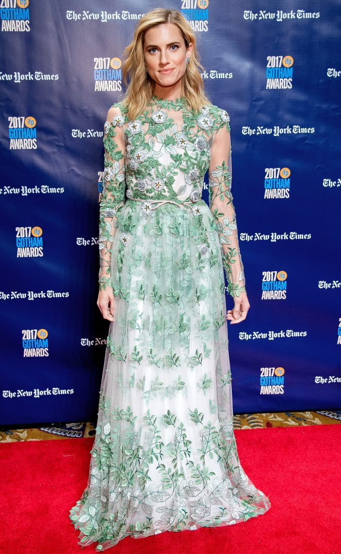 Allison-Williams-675x1097 Top 10 Best Celebrity Wardrobe Stylists in 2019