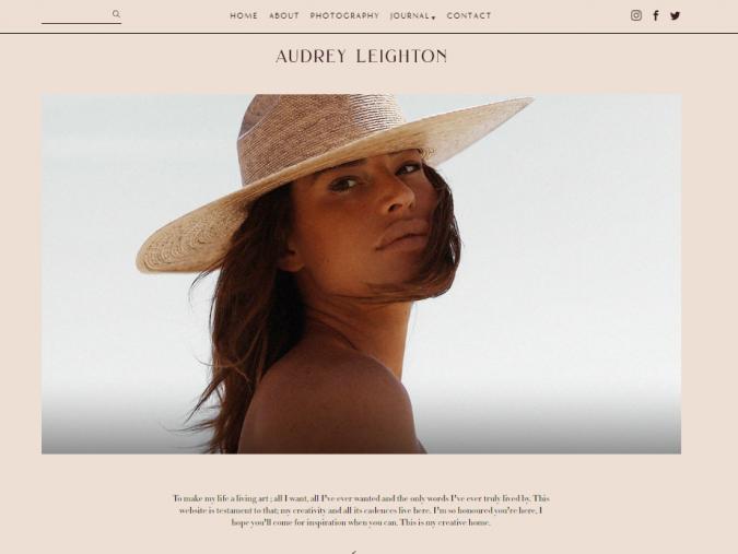 Audrey-Leighton-website-screenshot-675x507 Top 60 Trendy Women Fashion Blogs to Follow in 2021