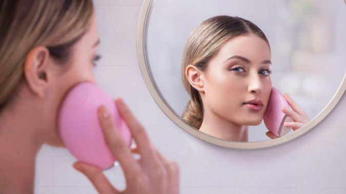 FOREO-Luna-2-675x380 6 Must-Have Beauty Gadgets You Can Buy Today