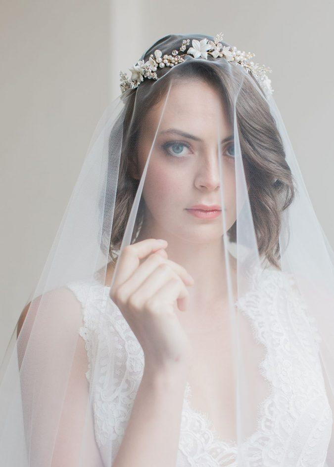 Flower-Bridal-Headband-675x945 Three Accessories That Brides Shouldn't Skip