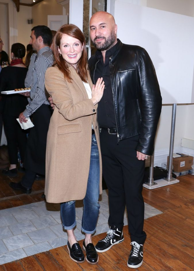 Julianne-Moore-and-Serge-Normant-675x945 Top 10 Best Celebrity Hair Stylists in 2020