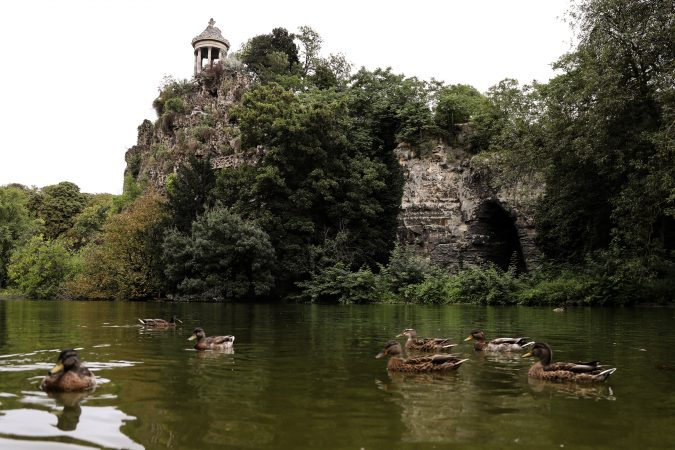 Parc-des-Buttes-Chaumont-paris-675x450 5 Most Romantic Getaways for You and Your Loved One