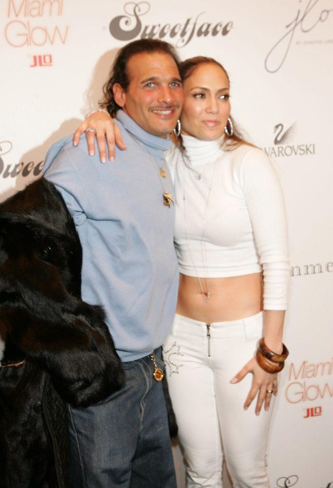 Phillip-Bloch.-675x989 Top 10 Best Celebrity Wardrobe Stylists in 2020